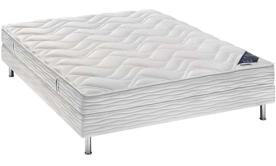dunlopillo lovez vous maison design. Black Bedroom Furniture Sets. Home Design Ideas